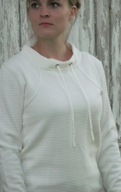 White Pullover in Feminine Knit Pattern for Her from Piece of Blue on model
