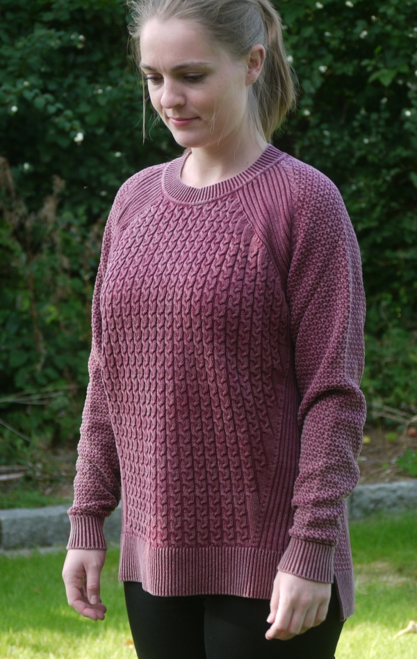 Dusty Burgundy Red Loose Fit Pullover with Knitted Cables for Women from Piece of Blue. On model. Front.